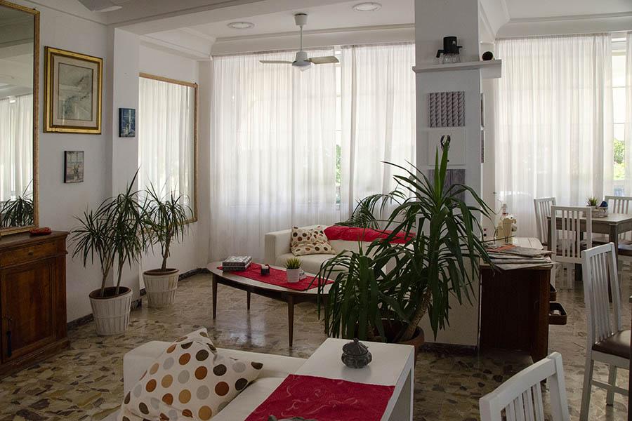 Hotel Everest Gabicce Mare - Angolo TV