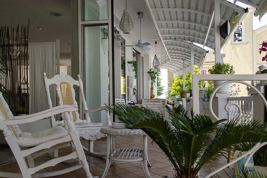 Hotel Everest Gabicce Mare - veranda