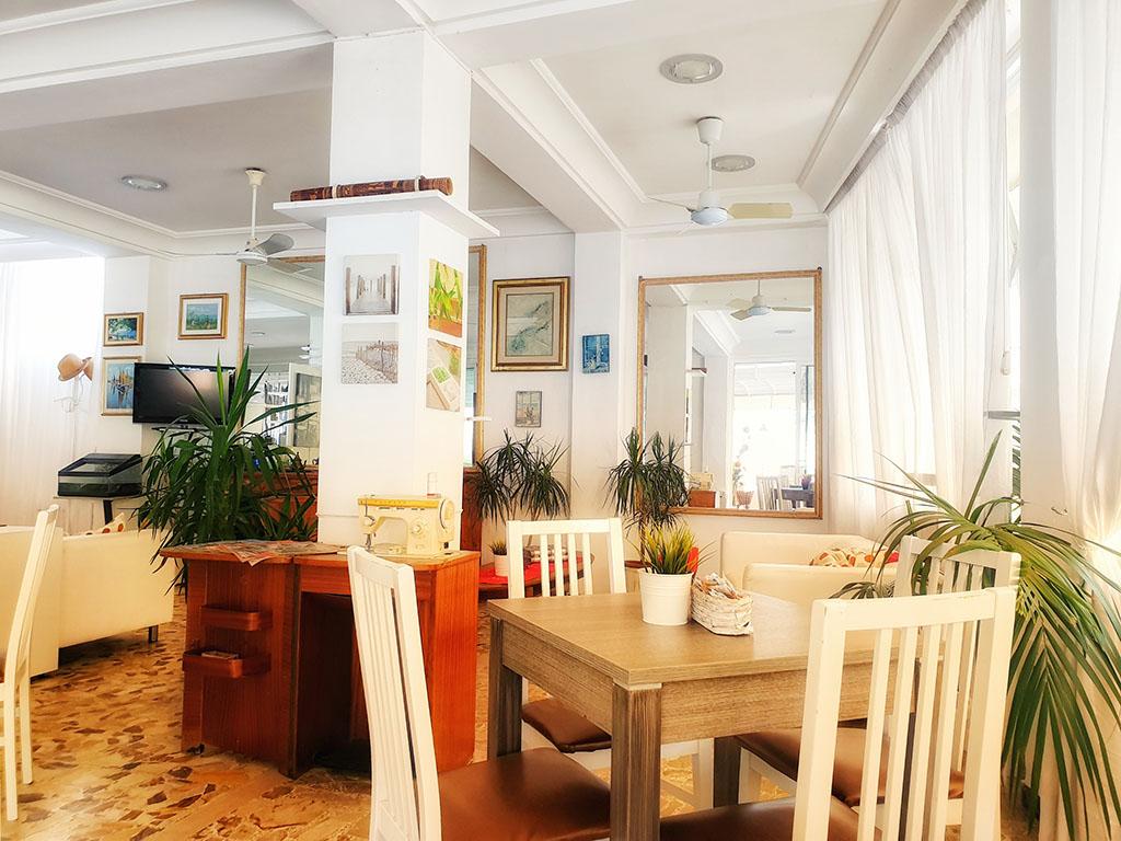 Hotel Everest Gabicce Mare - Sala colazione